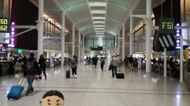トロントからラガーディア空港を目指してさぁ出発!