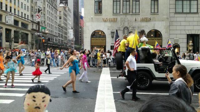 ヒスパニック系のパレード