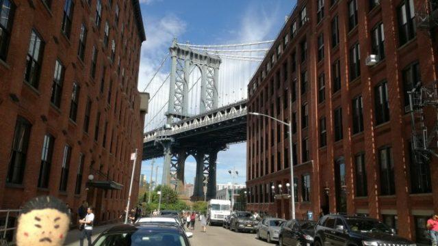 ダンボからブルックリン橋を撮影